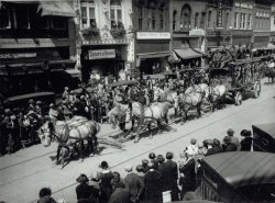 57-14714-Circus-Parade-Early-1920s-100-Block-North-Main
