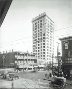 57-14716-1-Woodside-Building-and-hotel-on-Main-and-Washington