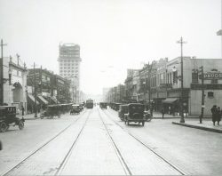 57-14717-main-st-at-north-st-brick-st-early-1920s