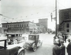 57-14720-Main-Street-Looking-South-Old-Cars