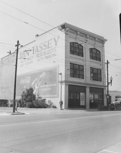 Harper Bros. Building with Dan Tassey Ad 1950