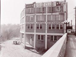 Traxier USO Building