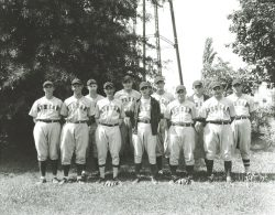 P4389-Dunean-Baseball-Team-1934